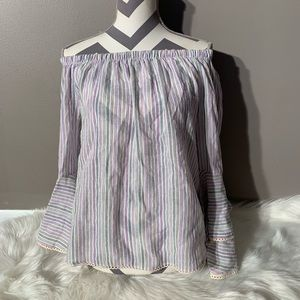 NWOT Solitaire Size M Striped Bell Sleeve